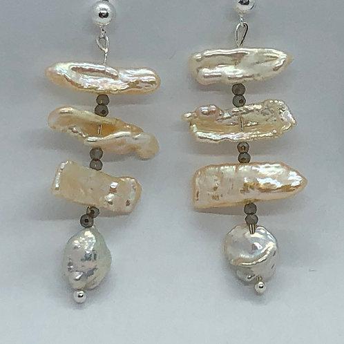 "Freshwater ""fishbone"" earrings"