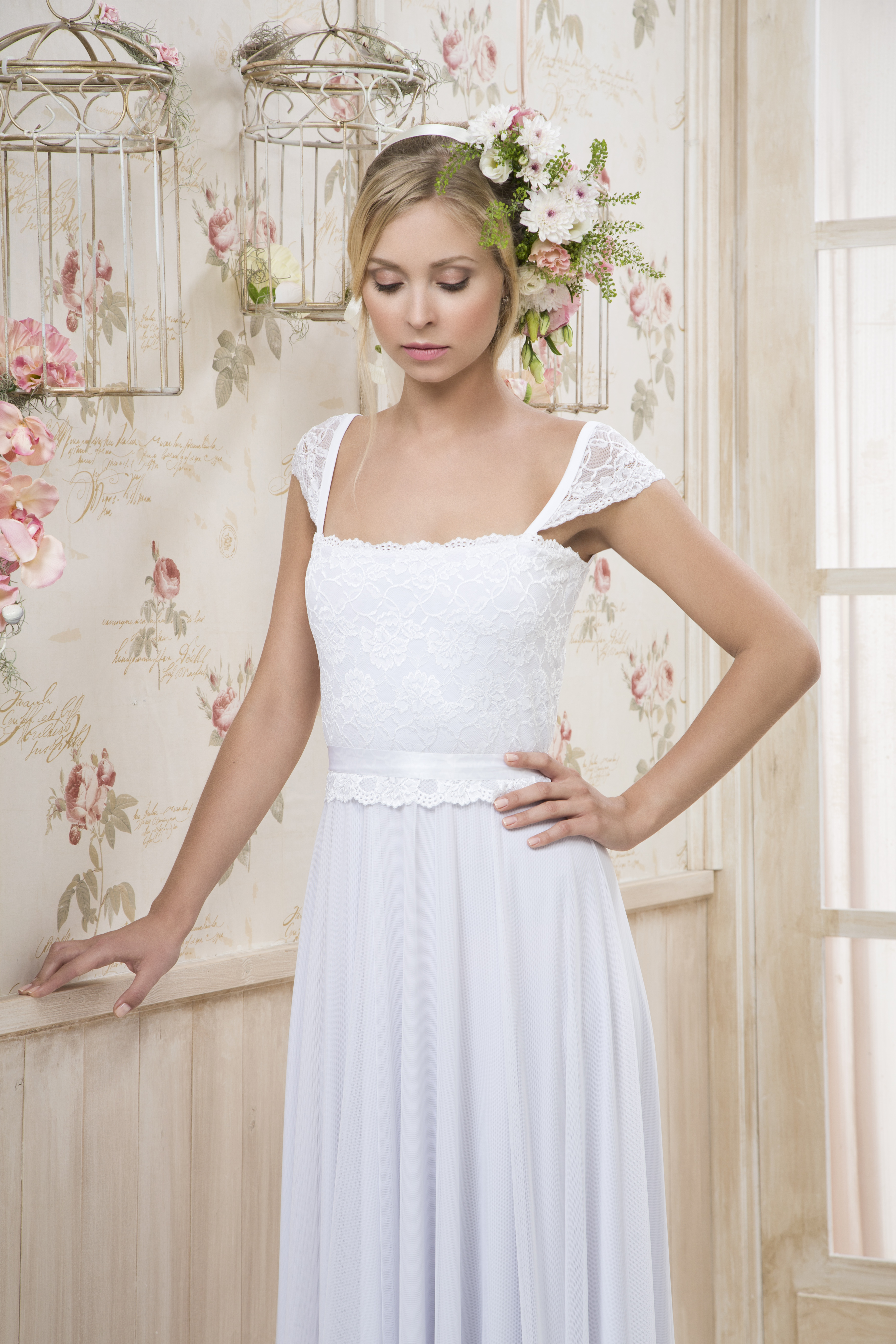 קולקציה - שמלות כלה בפתח תקווה 5