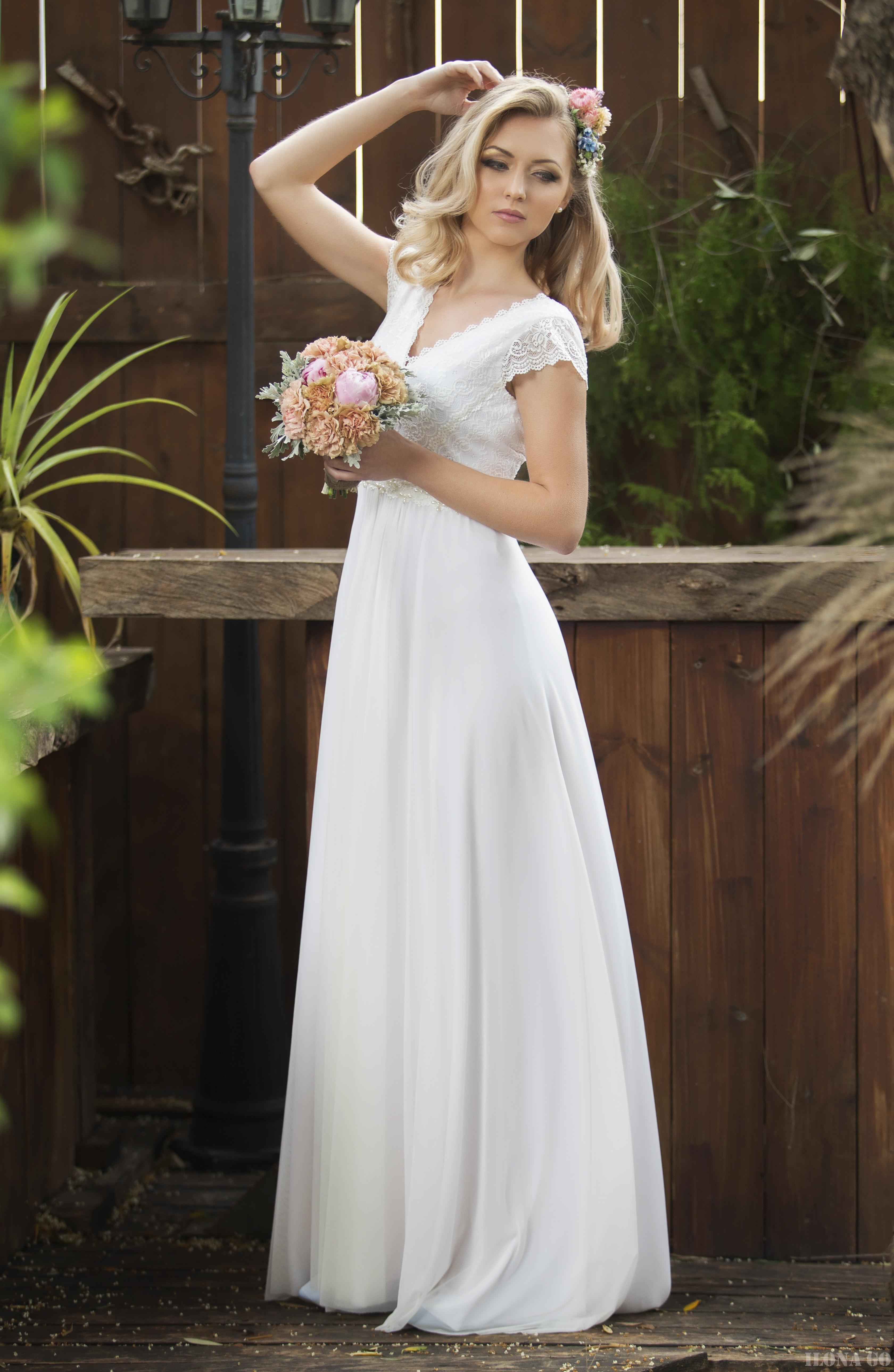 שמלות כלה בפתח תקווה 9