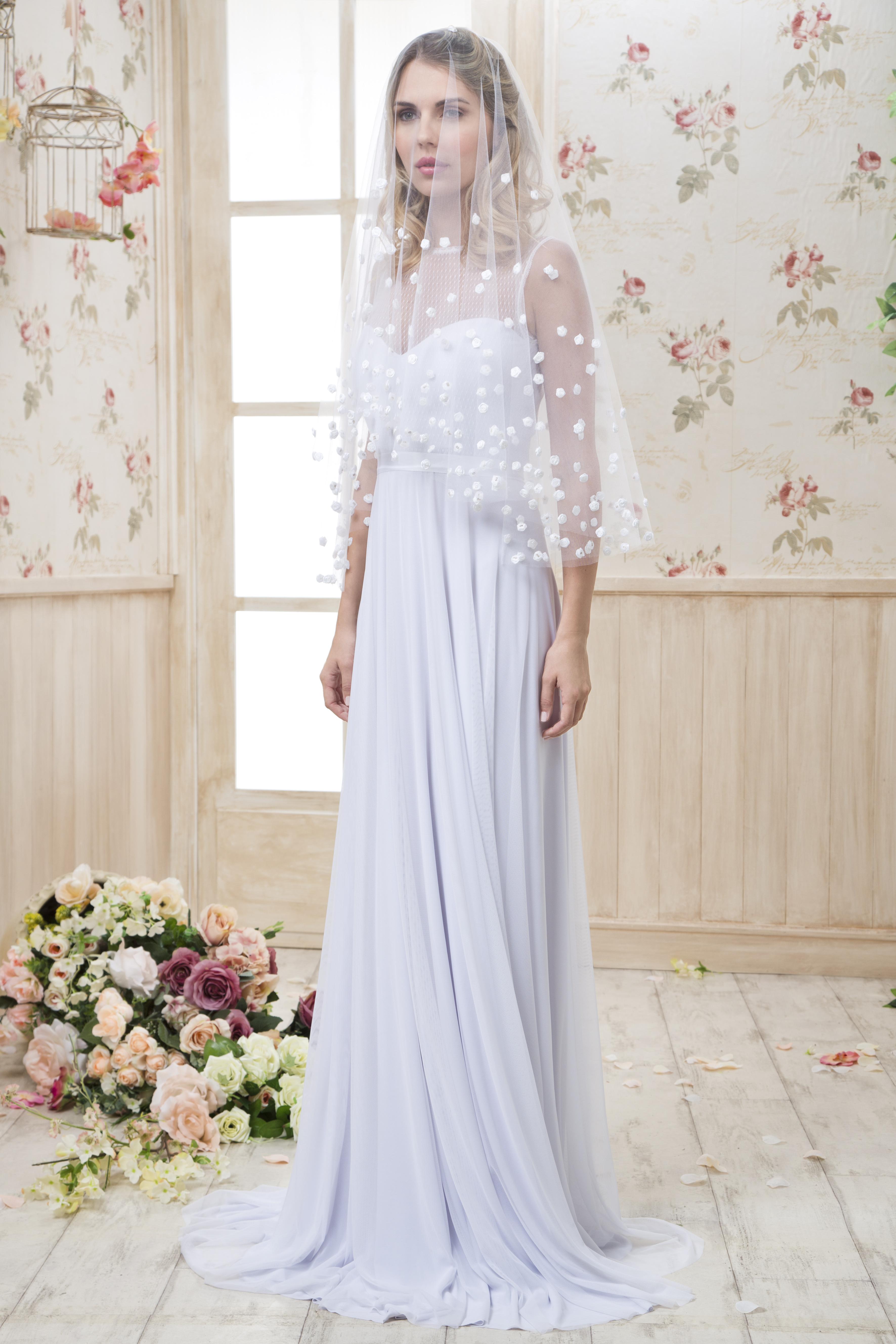 קולקציה - שמלות כלה בפתח תקווה 10