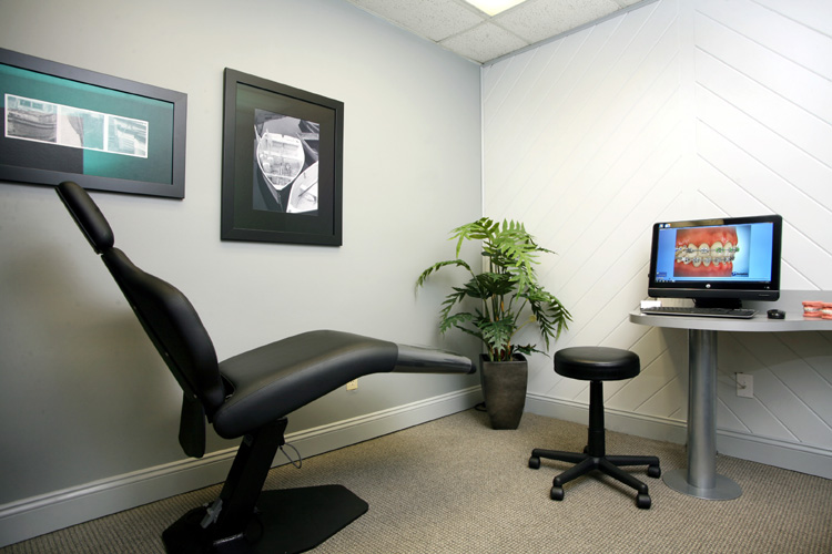 Metairie - Consultation Room