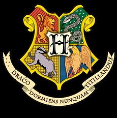 hogwarts_logo.png