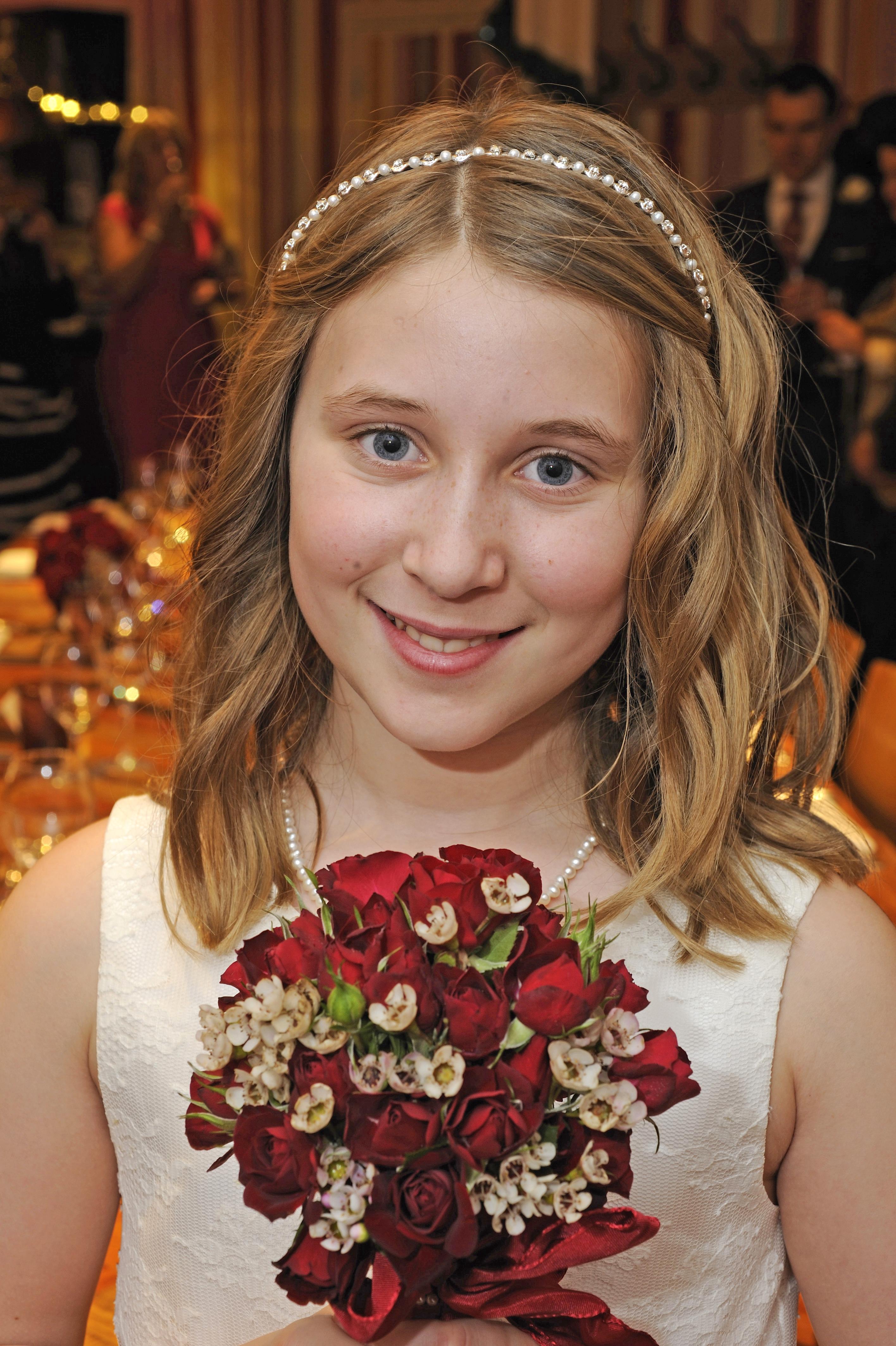 Flowergirl Curls, Glitter & Gloss