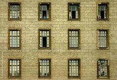 berlinostfabrikfenster050805o.jpg