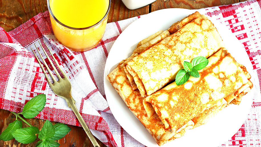 Веганские (постные) блинчики с сыром и шпинатом