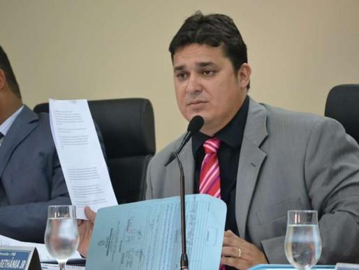 Araguainenses escorraçam nas urnas vereadores de mandato