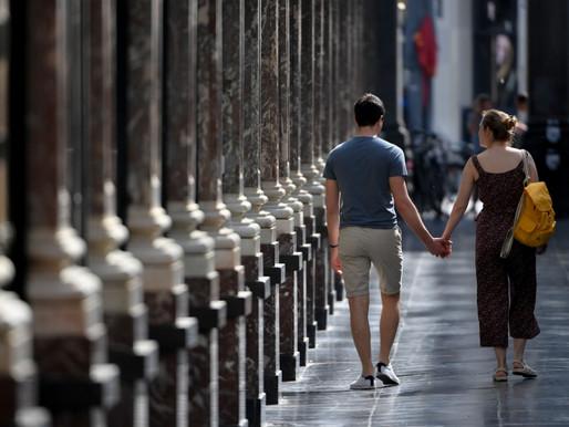 Sob pandemia, Holanda permite que solteiros escolham (só) um 'amigo sexual'