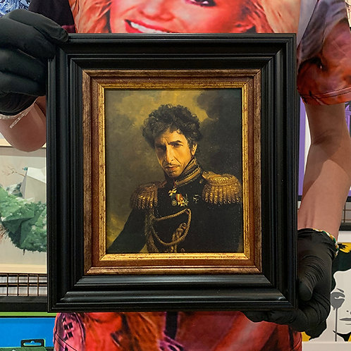 REPLACE FACE 'BOB DYLAN' with ORNATE FRAME