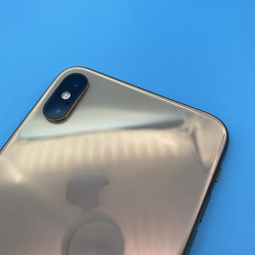 Apple iPhone XS Max (Gold, Unlocked, 64GB)