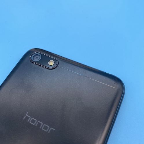 Honor 7S (Black, Unlocked, 16GB + SD Card)