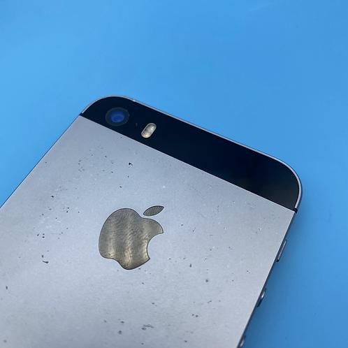 Apple iPhone SE (Space Grey, Unlocked, 32GB)