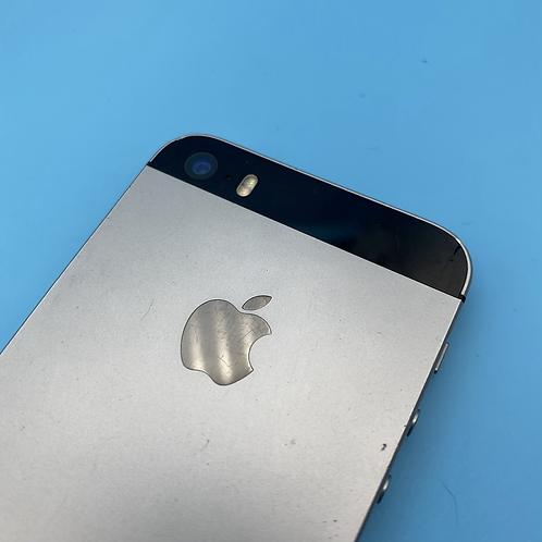Apple iPhone SE (Space Grey, Unlocked, 16GB)