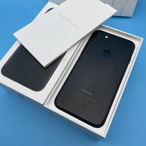 Apple iPhone 7 (Matte Black, Unlocked, 32GB)