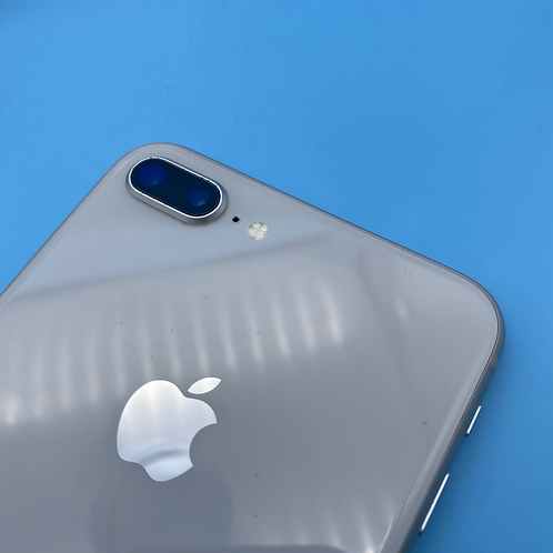 Apple iPhone 8 Plus (Silver, Unlocked, 256GB)