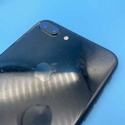 Apple iPhone 7 Plus (Jet Black, Unlocked, 32GB)