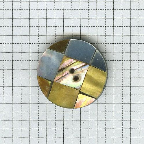 貝のボタン 3-600-03