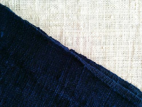 ガジ村の手紡手織り木綿(藍染)