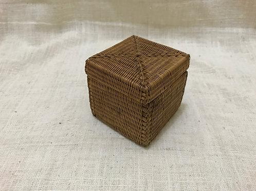 ハイクオリティーのアタの小さなボックス
