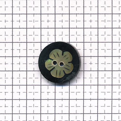 貝のボタン 3-600-11