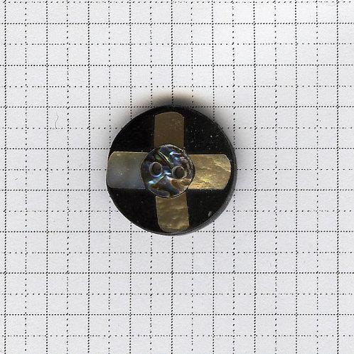 貝のボタン 3-600-09