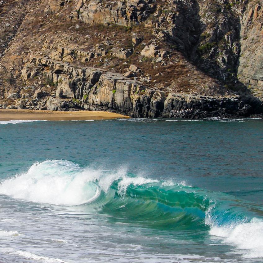 Waves at Punta Lobos