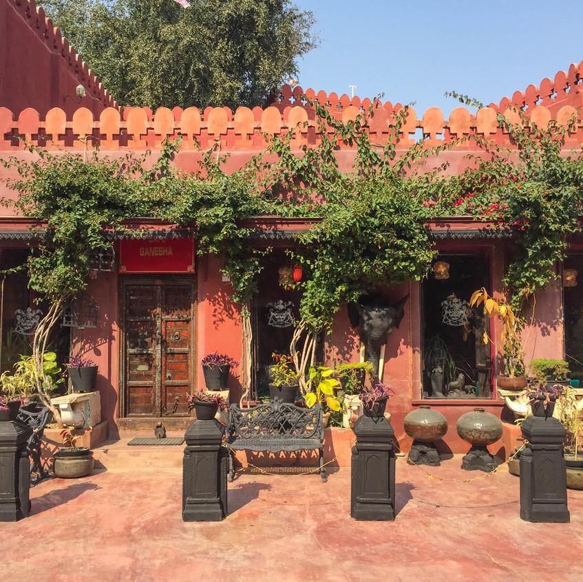 Cafe Ganesha