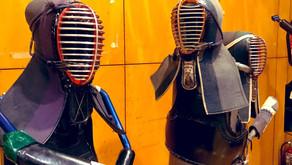 6月26日の郷中教育は竹刀の手入れと着装について学びます。
