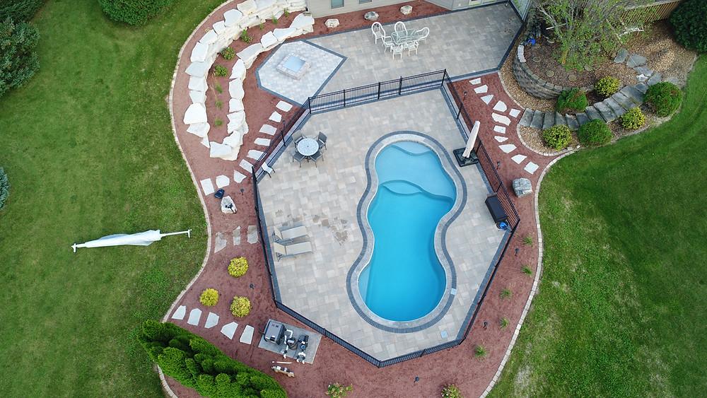 Not so bathub style fiberglass pool