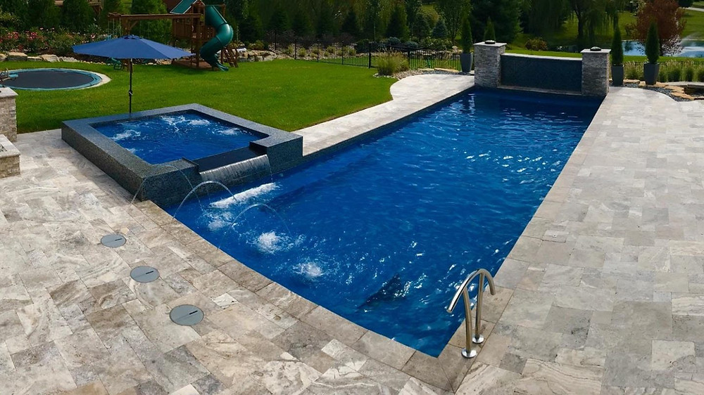 Sun Pools Tropic Fiberglass Pool