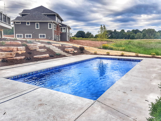What is the best type of tile for a fiberglass pool?
