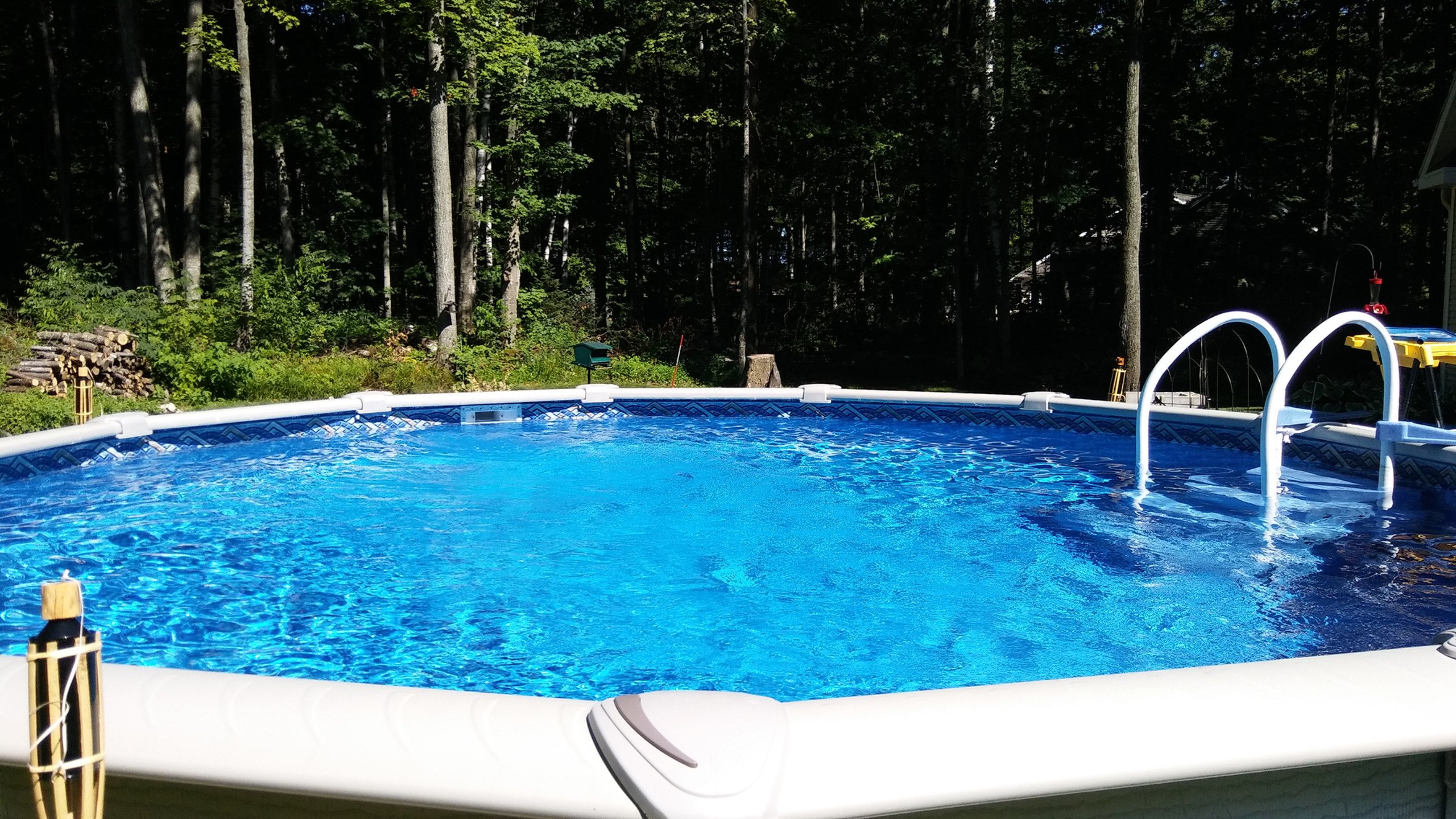 This 18' Round Evolution Pool was built by Pool Pros in Sturgeon Bay, WI in 2016.