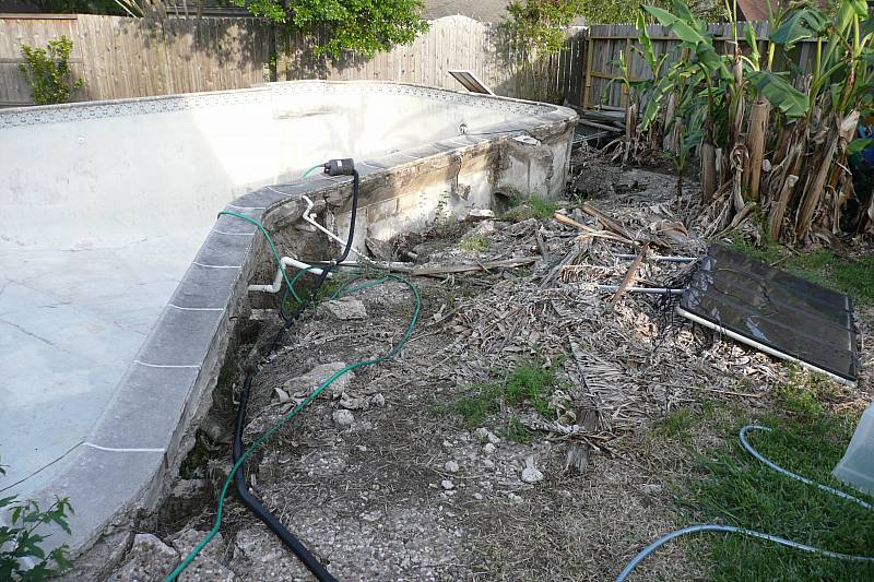 Another floated concrete pool.