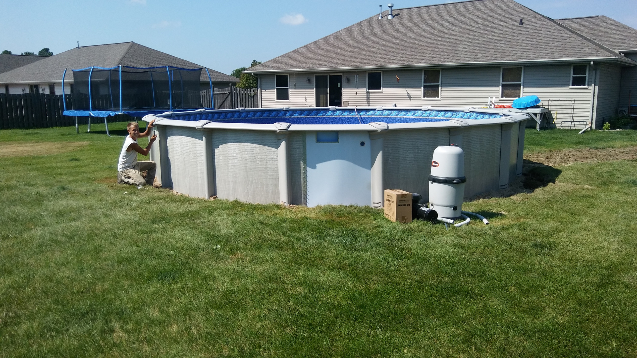 This is the 24' Round Evolution Above Ground Pool from Pool Pros. Pool Pros built this above ground pool in Bellevue, WI in 2017.