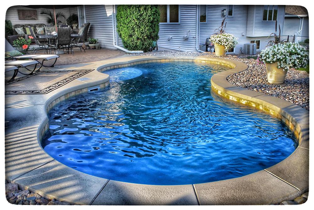 Latham Picasso Fiberglass Pool
