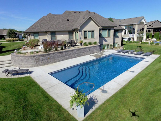 The most comprehensive list of the major fiberglass pool manufacturers in America
