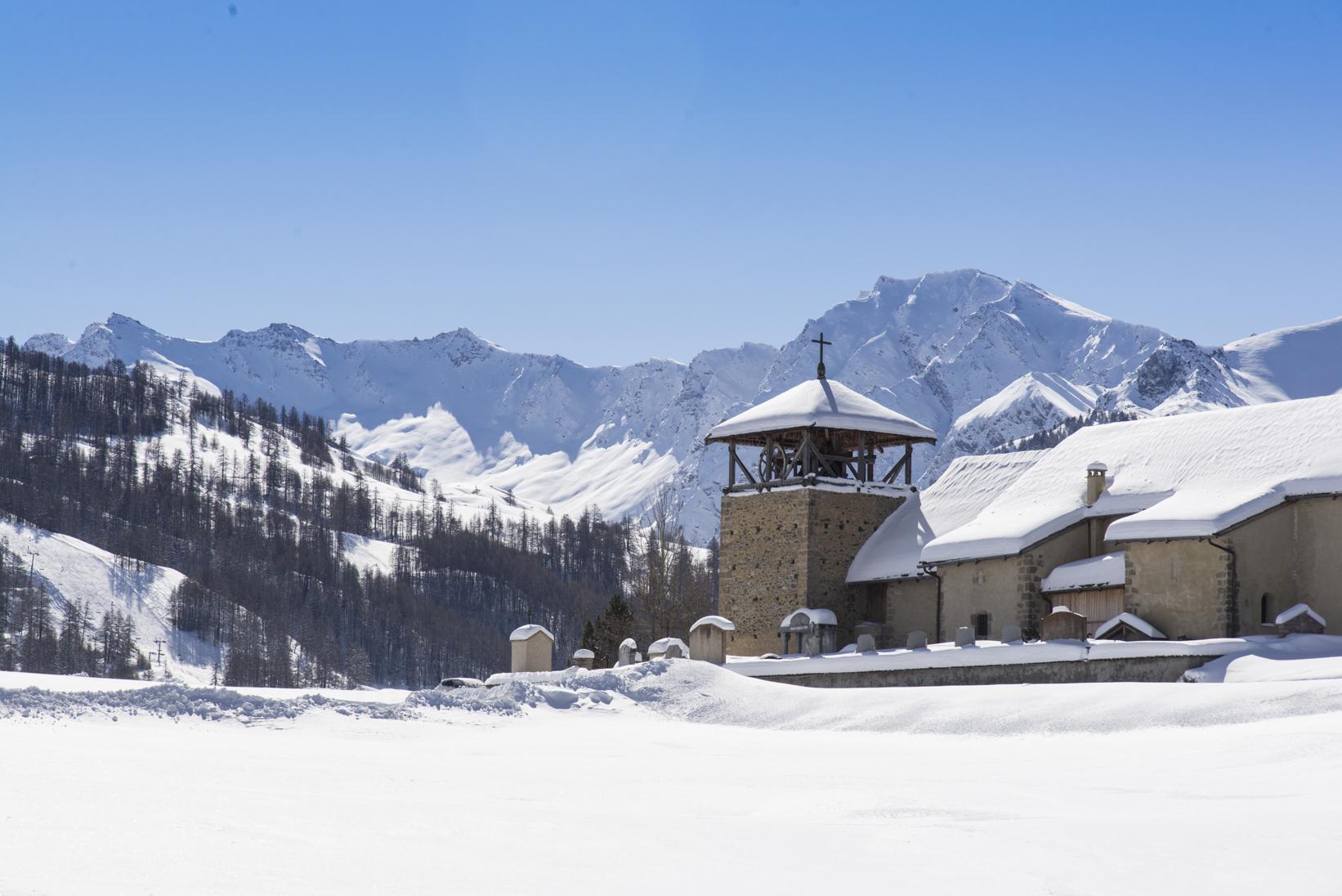 Eglise de Molines-en-Queyras hiver