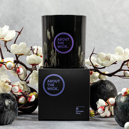 Damson Plum scented luxury soy candle (220G)