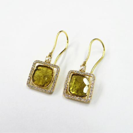 K18YG イエロースライスダイヤモンド&ローズカットダイヤモンド スクエアフックピア