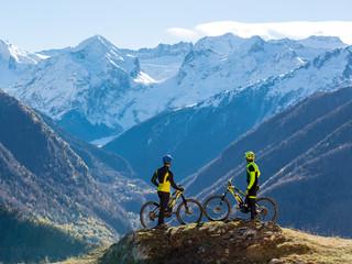 """Shoot para """"Lobito Bikes"""" en el Valle de Arán."""