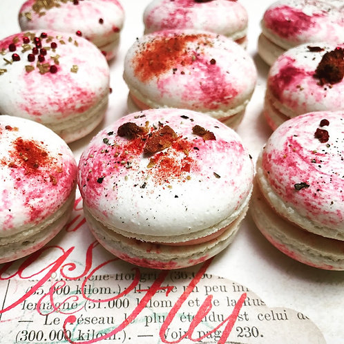 12 Vanilla Strawberry with Black Pepper Macarons