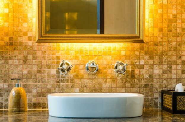 bathroom-light-624x413.jpg
