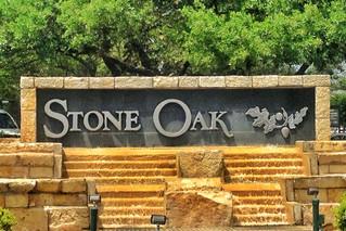 San Antonio Neighborhoods: Stone Oak