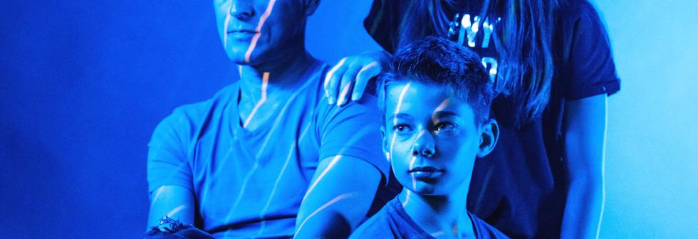 Oi_VxuKU._2j-carré-light.jpg