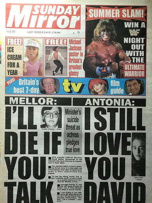 1992 Free Michael Jackson Poster SUNDAY MIRROR MICHAEL JACKSON News Article