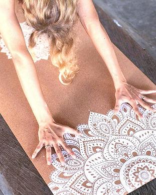 35mm-cork-yoga-mat-mandala-white-2955_ed