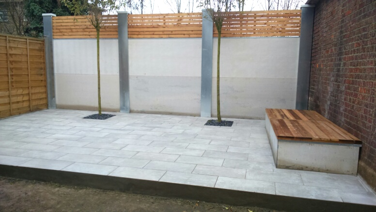 Contemporary fencing panels E4