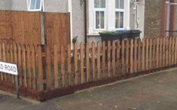 Pointed Picket Fencing Herts