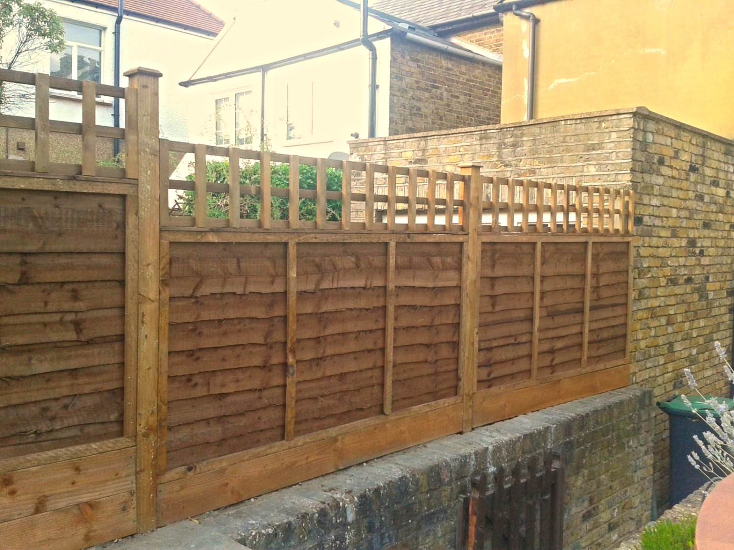Overlap Panel & Trellis Cheshunt