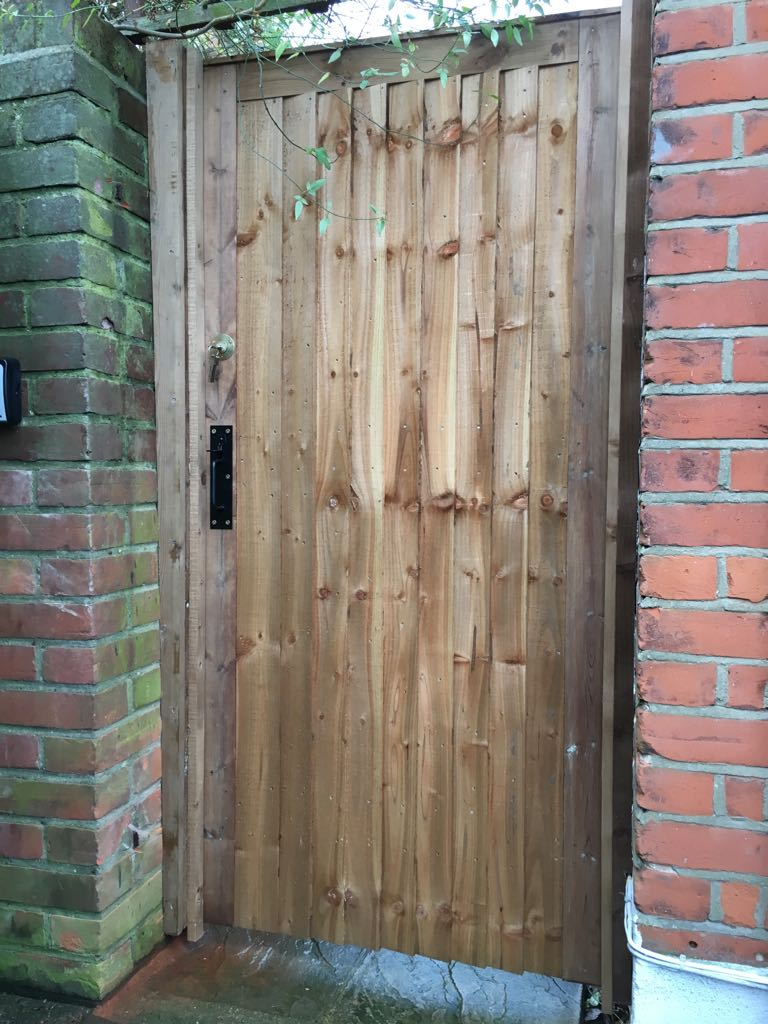 Garden Gate Fitting Service London