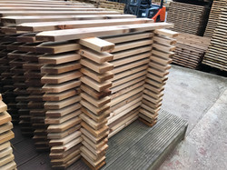 Pointed Picket panels
